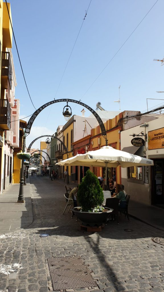 Long street of Gáldar and Capitán Quesada St. Things to do in Gáldar