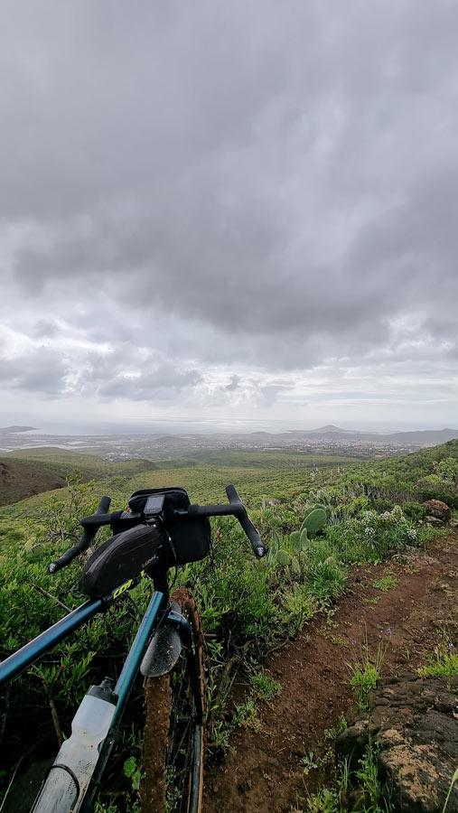 Trail towards Ingenio