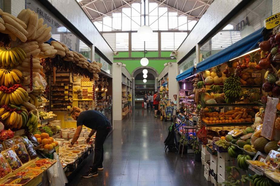 Interior mercado de Vegueta