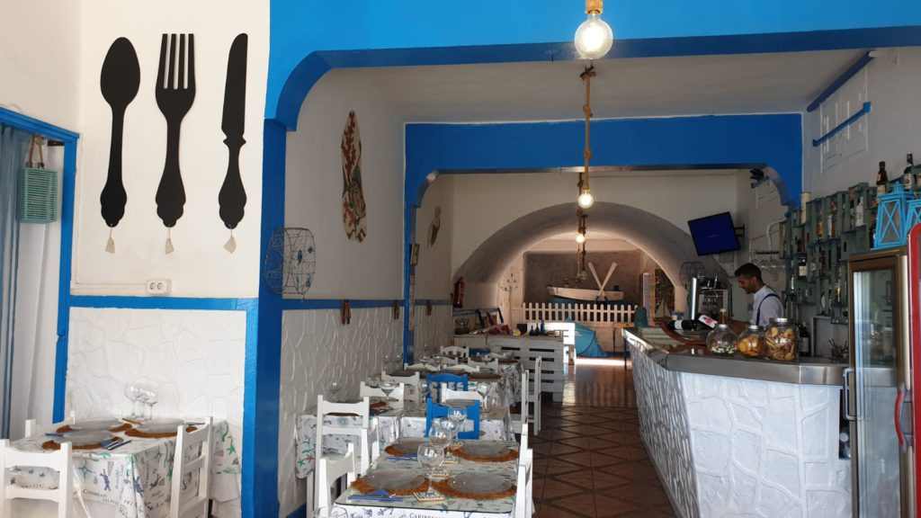 Where to eat in Sardina del Norte, La Cueva restaurant