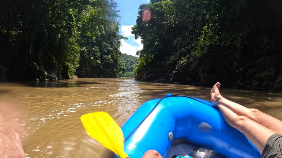 Things to do in Costa Rica. Pacuare rafting