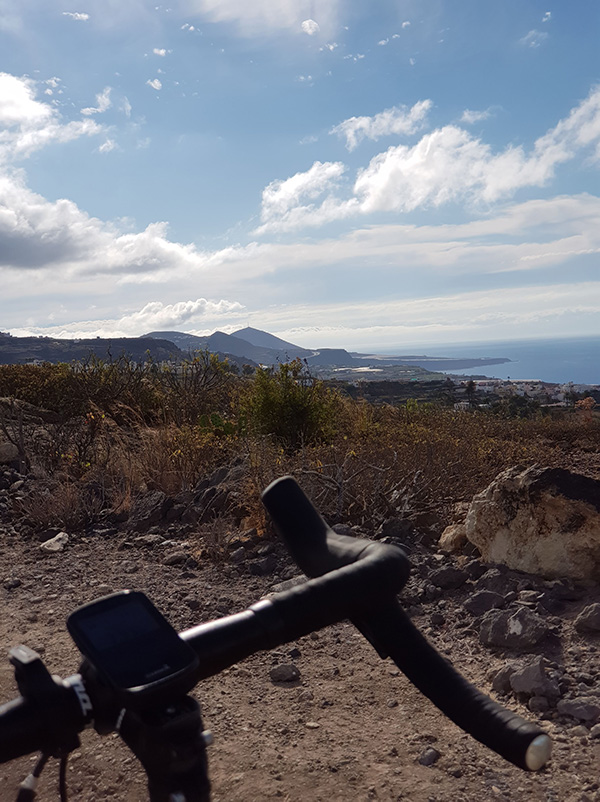 Vistas de Gran Canaria desde la gravel bike