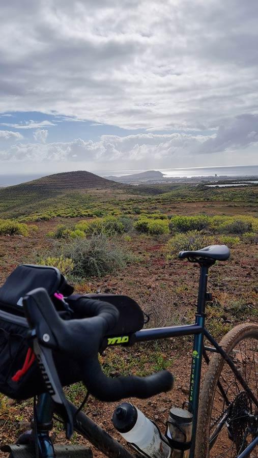 Pistas de tierra para bicicletas en ingenio