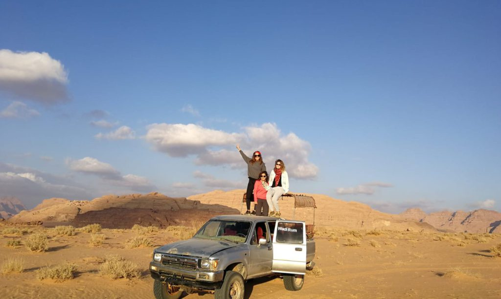 4x4 tour around Wadi Rum dessert