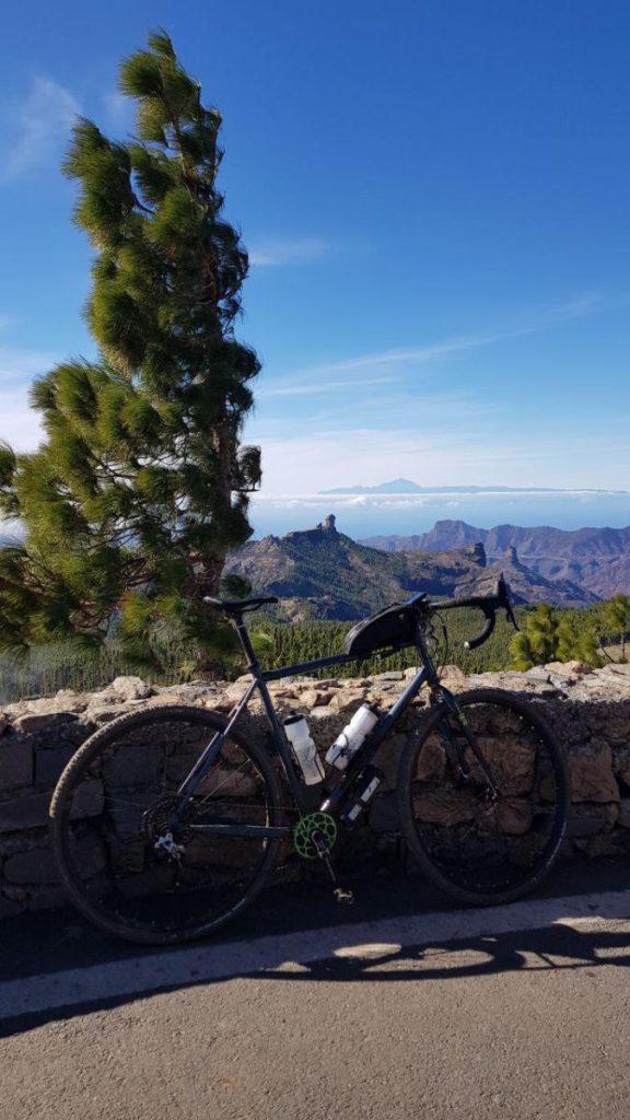 Vistas a El Teide desde la carretera