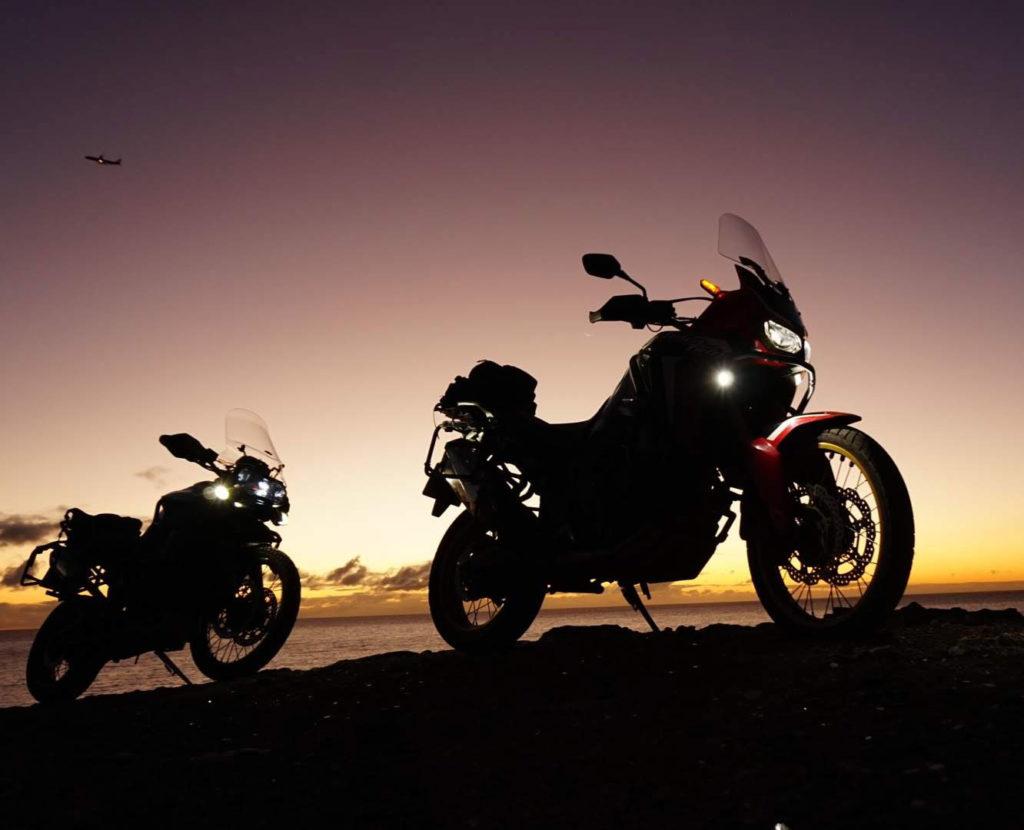 Amanecer y recorrer Gran Canaria en moto trail
