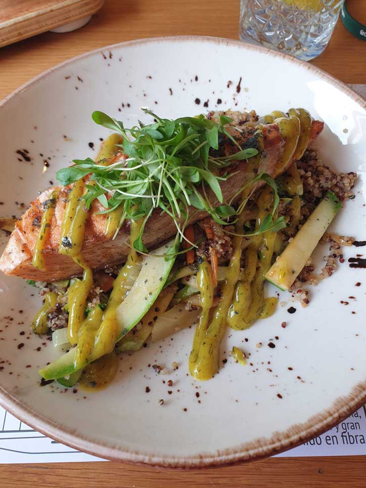 salmon con quinoa